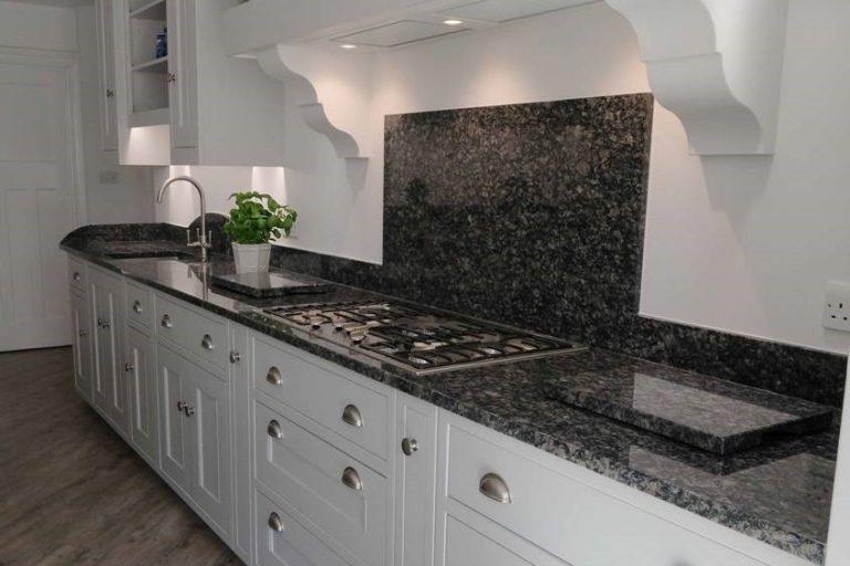 Surrey Kitchen Photo 3